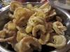 Oreilles de crisse (chicharrón)